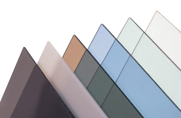 Màu sắc của tấm lợp lấy sáng polycarbonate gồm những màu nào?